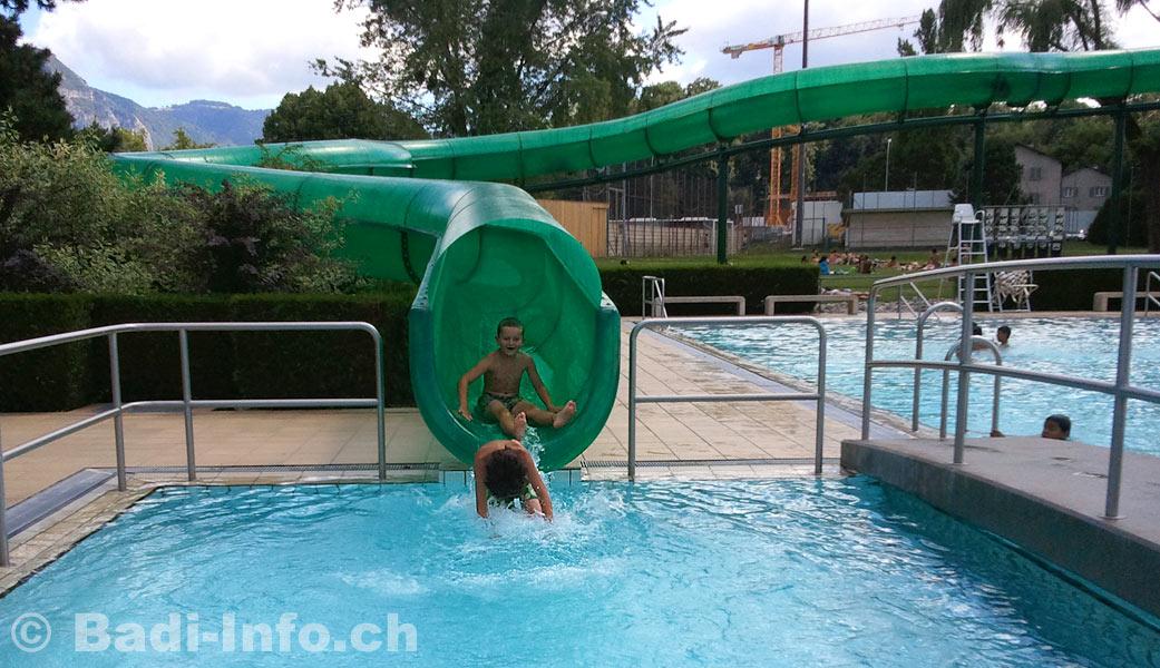 Carouge toboggan for Carouge piscine