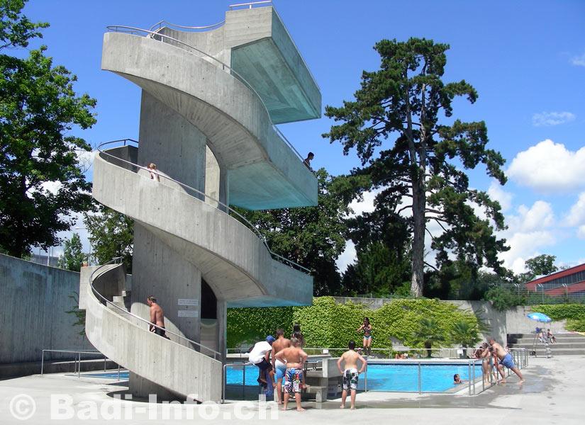 Lancy le plongeoir for Plongeoir piscine