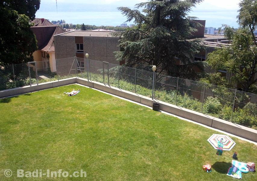 Piscine de boisy lausanne pelouse for Piscine lausanne