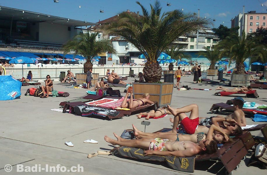Lausanne piscine montchoisi terrasse for Piscine lausanne