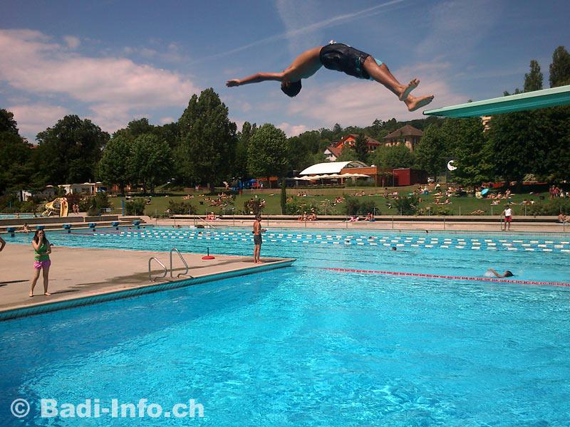 Prilly piscine fleur de lys - Piscine de dammarie les lys ...