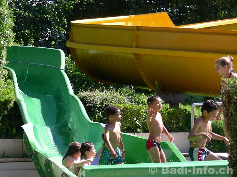 Toboggan amazone piscine aquasplash for Piscine amazone