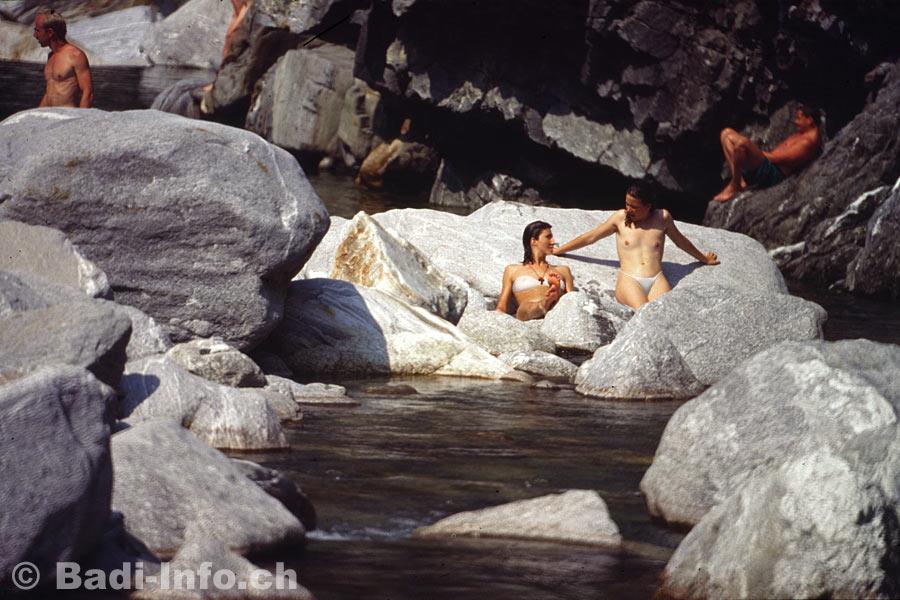 Fluss im nackt baden Fluss