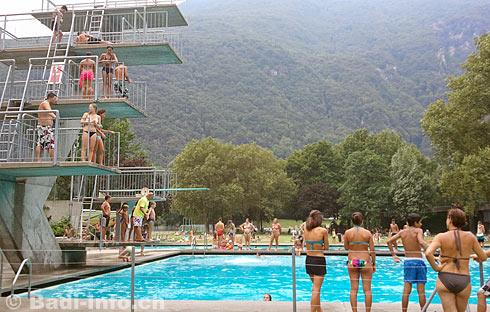 Bagno pubblico e piscina coperta di bellinzona for Bagno della piscina