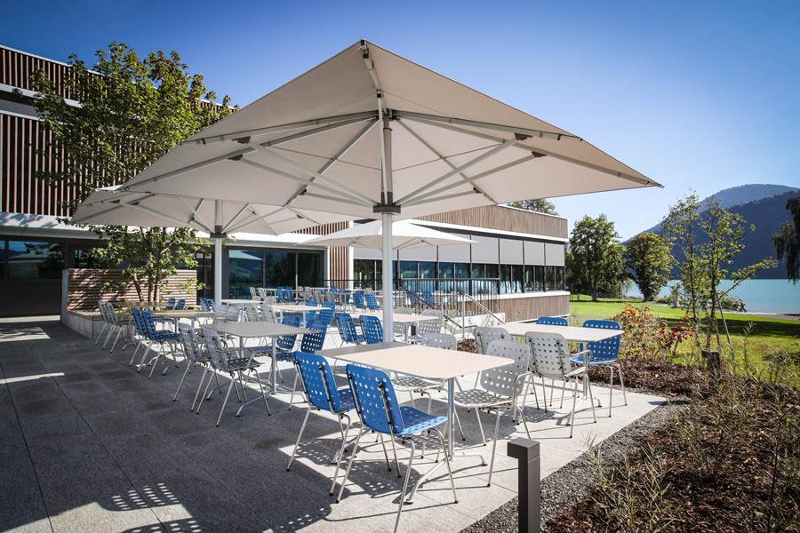 Geribad restaurant am gerisee for Schwimmbad aussen