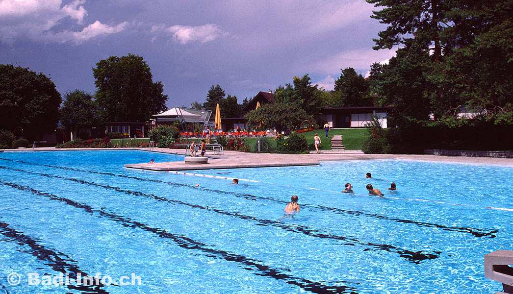 Schwimmbad in affoltern am albis for Innendekoration affoltern am albis