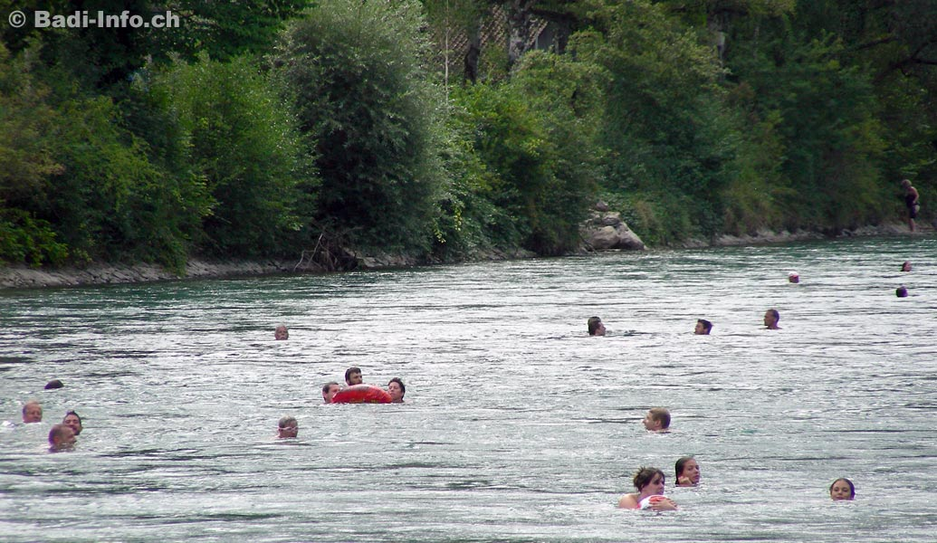 https://www.badi-info.ch/fotos/schwimmbad/Bern-Aareschwimmen_Marzili_2.jpg