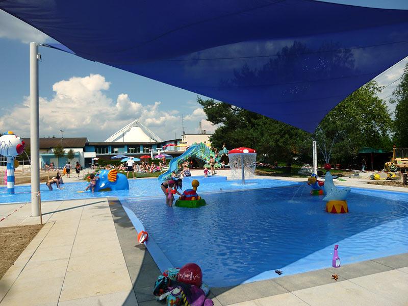 Das kinderbad im freibad erlen dielsdorf