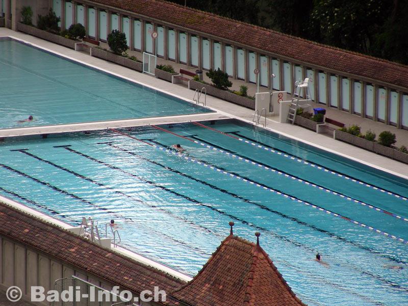 Bains de la motta piscine en plein air de fribourg for Piscine fribourg